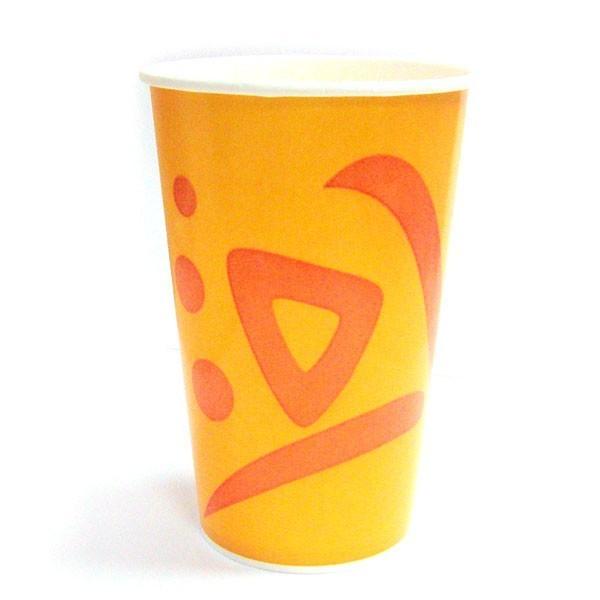 Бумажный стакан